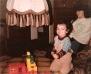 Im Wohnzimmer am spielen