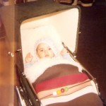Sammy im Kinderwagen
