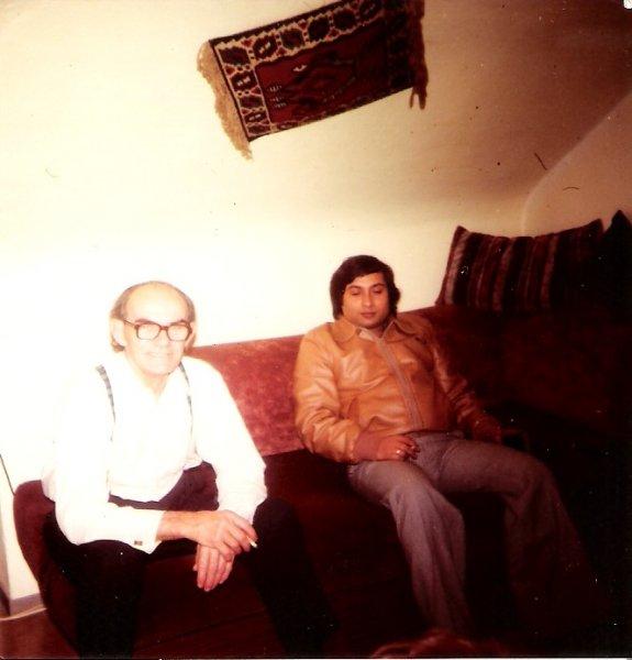 Mein Opa und Papa auf dem Sofa