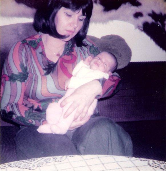 Bei Mama im Arm