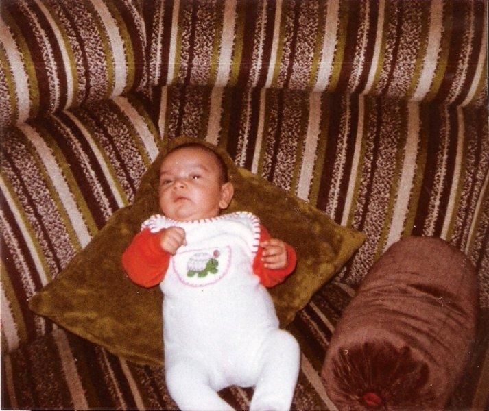 Mit drei Monaten auf der Couch